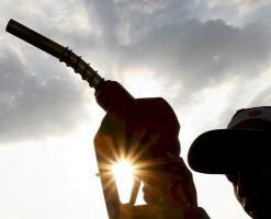 El exceso de oferta impide estabilizar el precio del petróleo