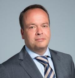 Michel van Beek - Fellowes